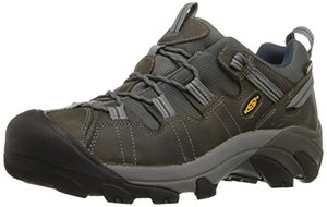 Keen Men targhee 2 hiking shoes is great choice for travel shoes for men