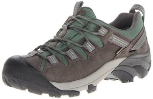 Keen Women Targhee shoes is great for hiking and travel